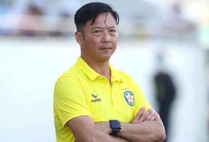 Ông Lê Huỳnh Đức hiện nay đang giữ vị trí huấn luyện viên trưởng của CLB Becamex Bình Dương